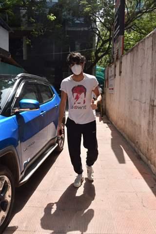 Ibrahim Ali Khan snapped outside a clinic in Bandra