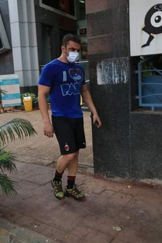 Sohail Khan snapped outside gym in Bandra