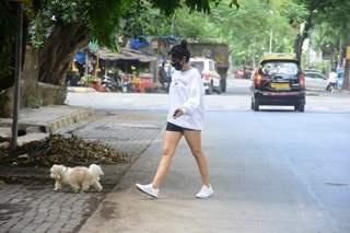 Neha Sharma snapped at Bandra