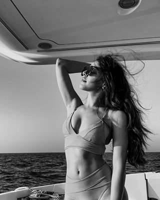 Alaya F looks searing hot with her flawless abs, and these pictures are proof