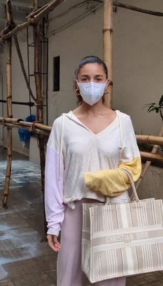 Alia Bhatt snapped at Dharma Productions office in Khar, Mumbai