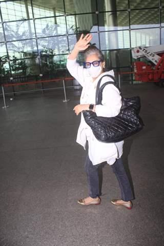 Dimple Kapadia snapped at Mumbai Airport