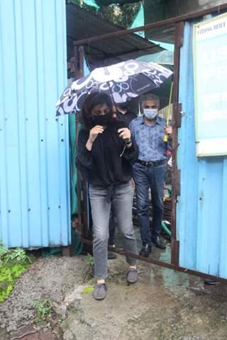 Neetu Kapoor snapped outside her new residence in Bandra