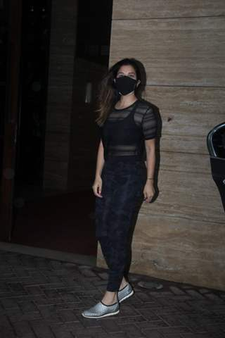 Sophie Choudhary spotted in Khar