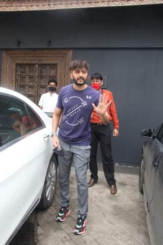 Riteish Deshmukh snapped at gym