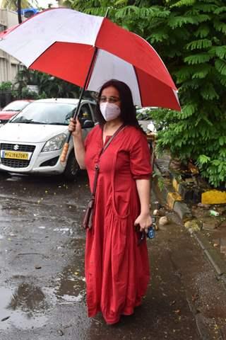 Divya Dutta snapped in Juhu