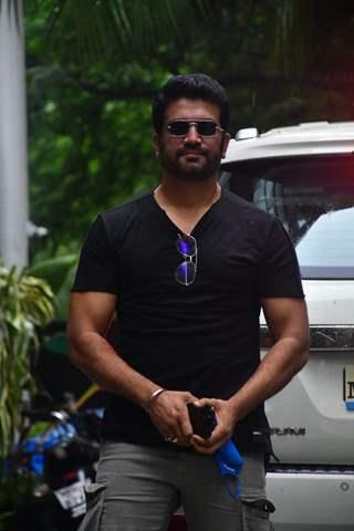 Sharad Kelkar snapped at Maddock films office