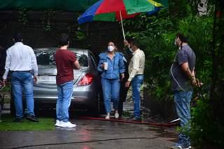 Kareena Kapoor Khan snapped at Mehboob studio