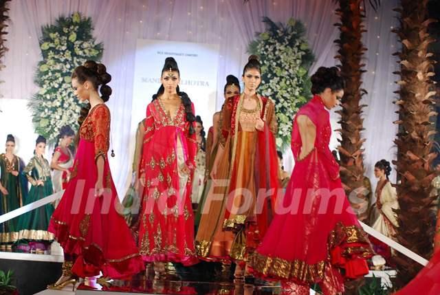 Models Walk for fashion designer Manish Malhotra at Aamby Valley Indian Bridal Week day 5