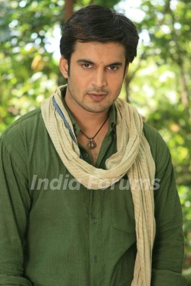 Ajay Chaudhary as Shatrughan