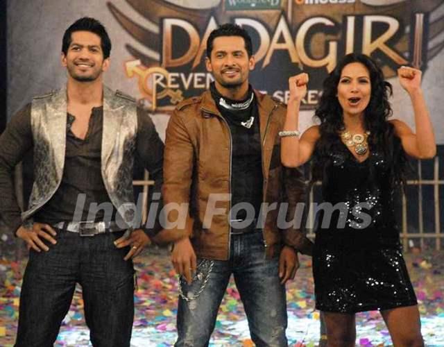 Amit Tandon with Vishal Bhonsle and Shaurya Chauhan