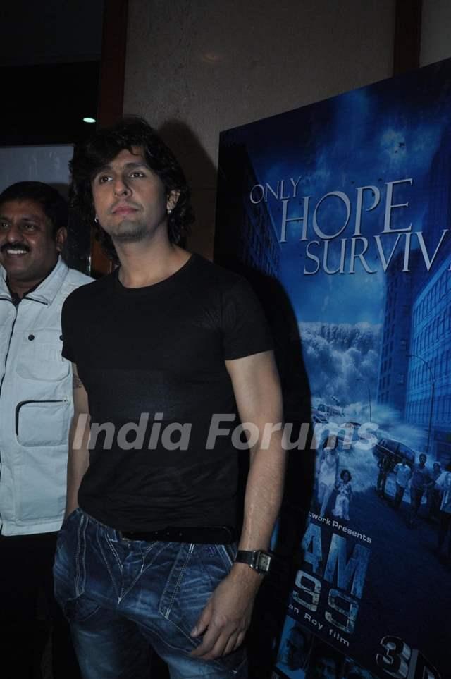 Sonu Niigam at press meet of 3D movie 'Dam 999' in Mumbai