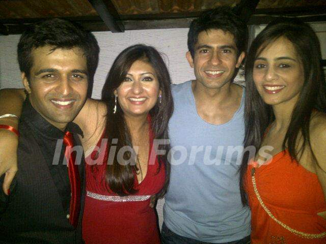 Hussain, Tina with Sachin at Juhi's winning party of Bigg Boss