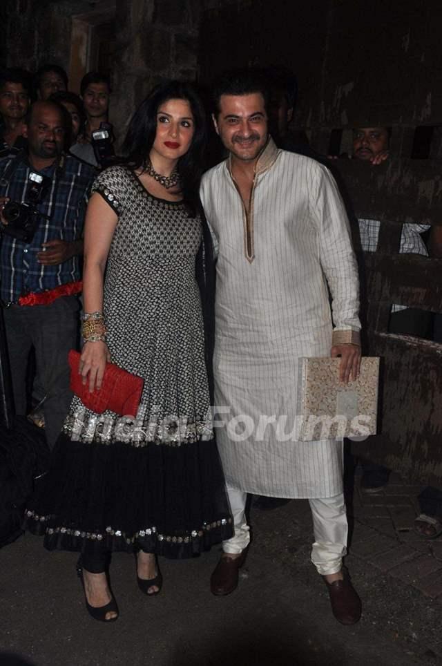 Sanjay Kapoor with wife Maheep Sandhu at Saif Ali Khan and ... Saif Ali Khan Wife Details