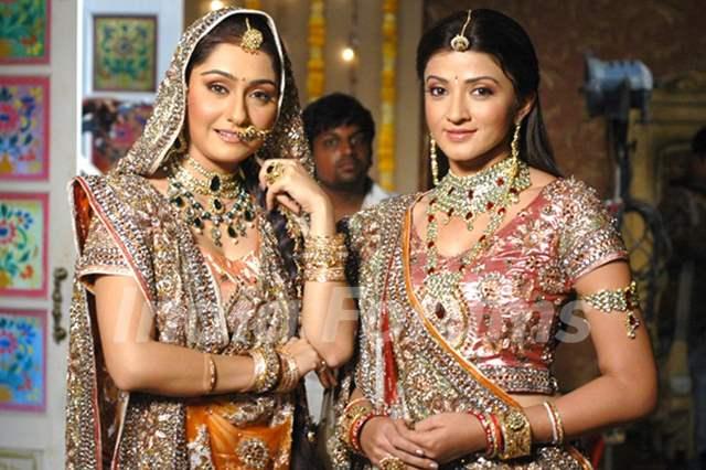 Suhasi Dhami & Namrata Thapa