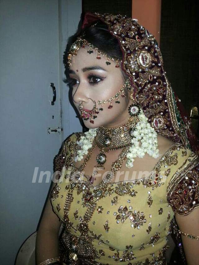 Tina Dutta as Meethi