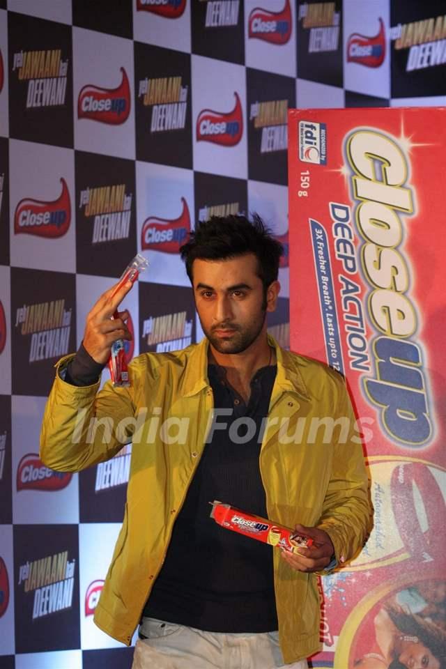 Ranbir Kapoor & Deepika Padukone at Close Up event for ...