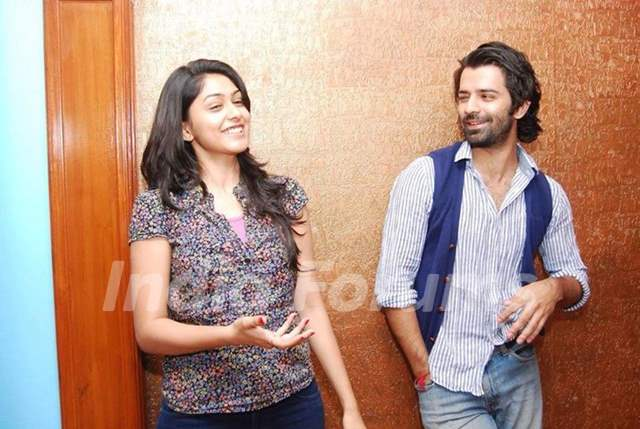 Barun Sobti and Mrunal Thakur