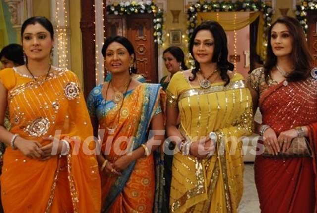 A still image of Vasundhara, Ambika, Avni and Sheetal