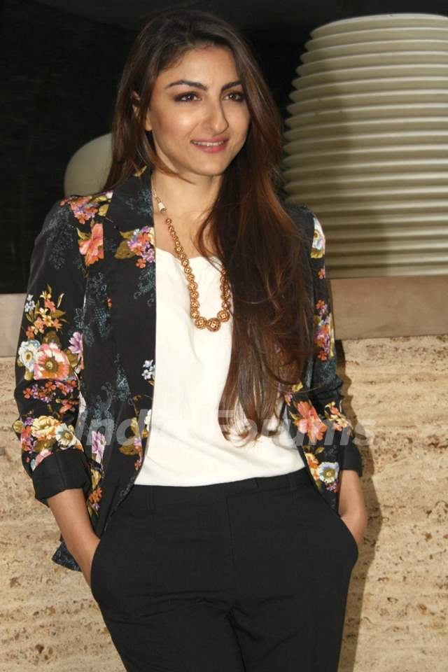 Soha Ali Khan was at the Press Conference to promote 'Mr Joe B. Carvalho'