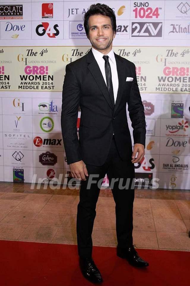 Rithvik Dhanjani at Gr8 Women Awards in Dubai in February 2014