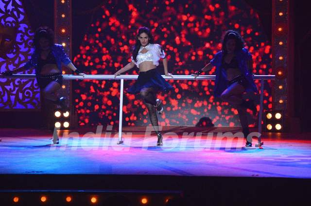 Mukti Mohan performs at the Grand Opening Comedy Classes