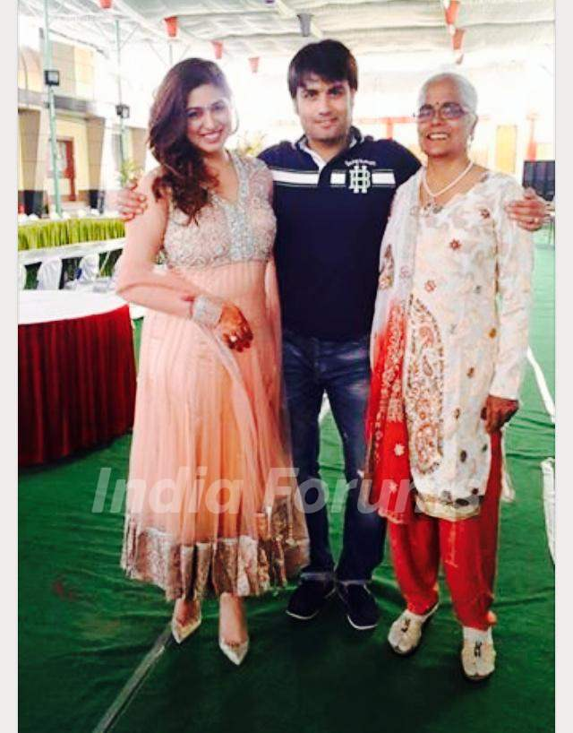 Vivian Dsena &his mom and Vahbbiz Dorabjee