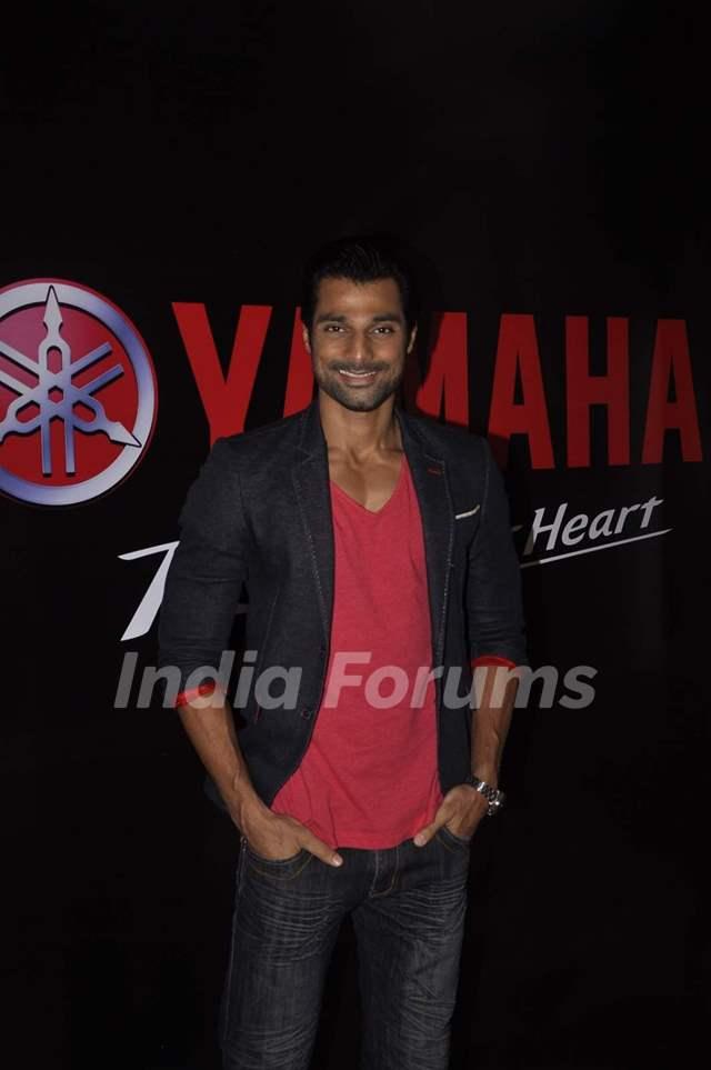 Hanif Hilal at Swapnil Shinde Show for Yamaha