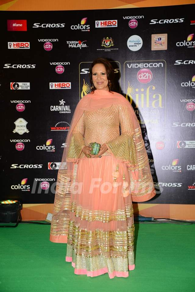 Ayesha Shroff at IIFA Awards