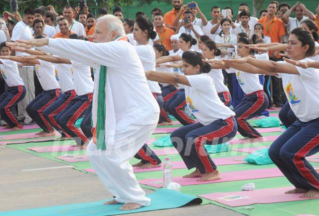 Narendra Modi Doing Yogasana!