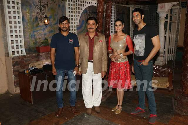 Jaswir Kaur Shoots for an Item Number with Sandip Soparkar and Govind Namdeo