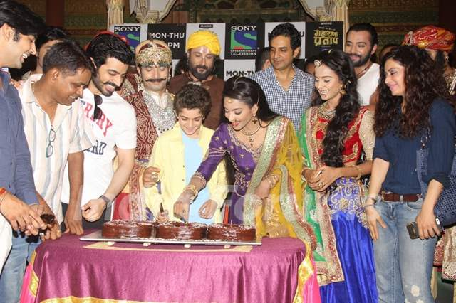Cast of Bharat Ka Veer Putra Maharana Pratap Celebrates Completion of 500 Episodes