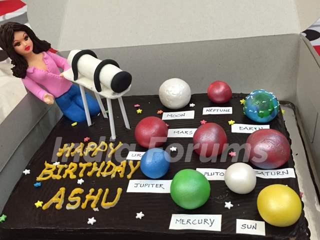 Aashka Goradia's surprise Birthday Bash