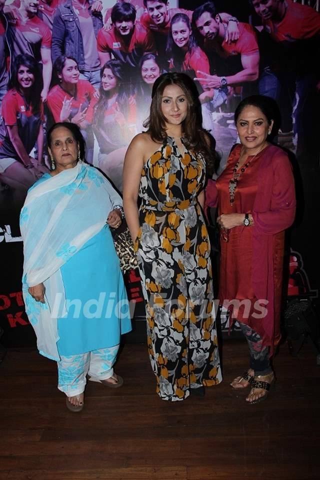 Urvashi Dholakia and Anju Mahendroo at Launch of BCL's Ahmedabad Express Team