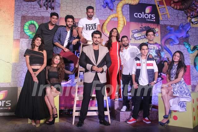 Arjun Kapoor and Contestants of Khatron Ke Khiladi 7 Poses at Press Meet