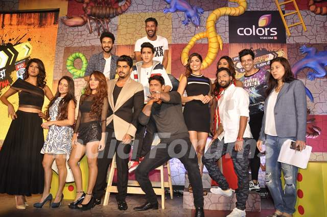 Khatron Ke Khiladi 7 Contestants Poses with Arjun Kapoor at Press Meet