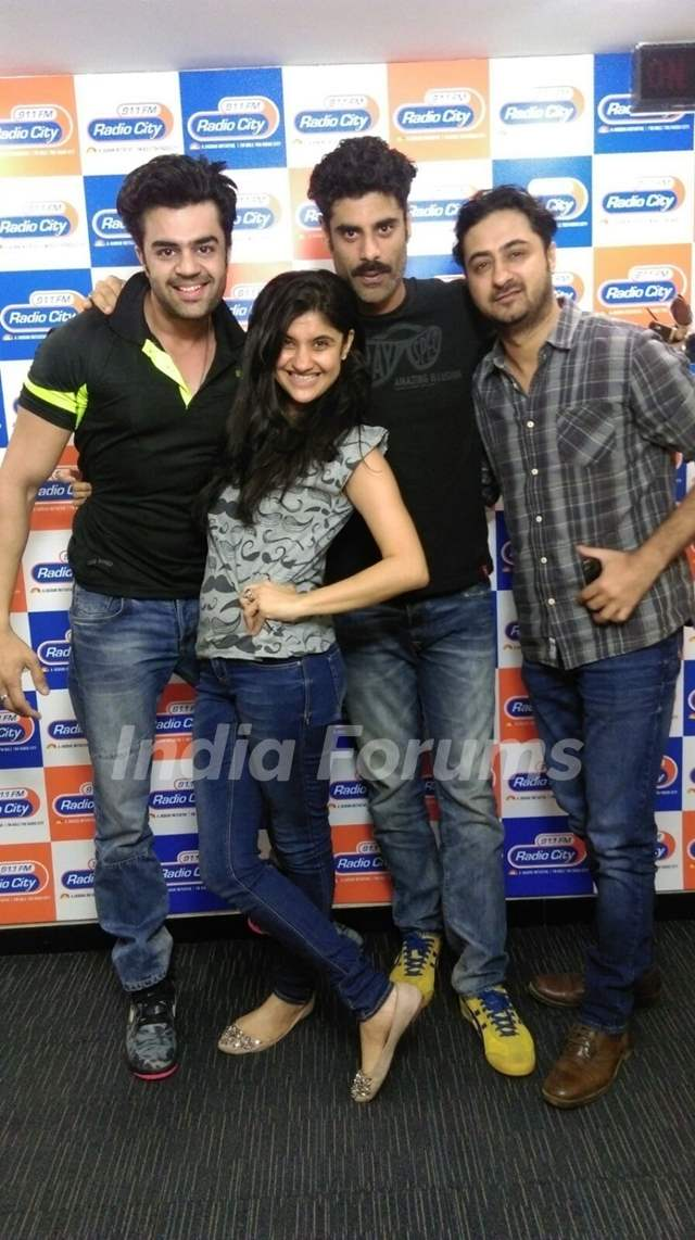 Sikander Kher, Pradhuman Singh and Manish Paul Promotes Tere Bin Laden 2 on Radio City 91.1 FM