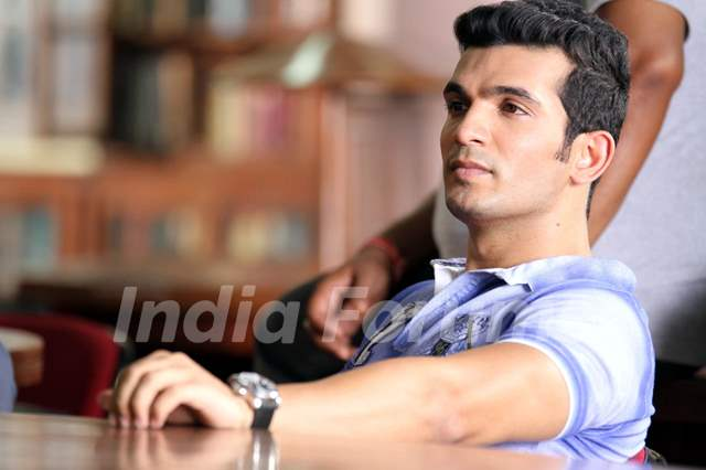 Arjun Bijlani in Direct Ishq