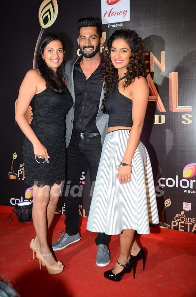 Vivan Bhatena and Mukti Mohan at Golden Petal Awards 2016
