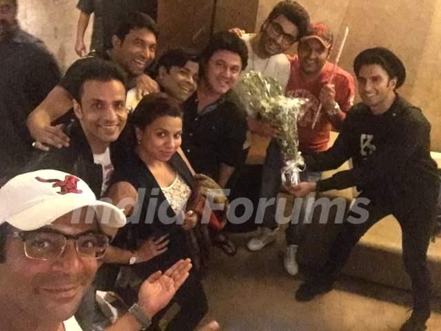 Kapil Sharma Team attends Special Screening of Ki And Ka