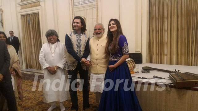 Rahul and Barkha Sharma performed for Narendra Modi