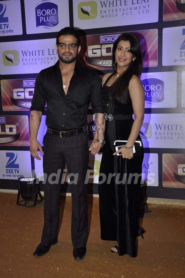 Karan Patel and Ankita Bhargava at Zee Gold Awards 2016