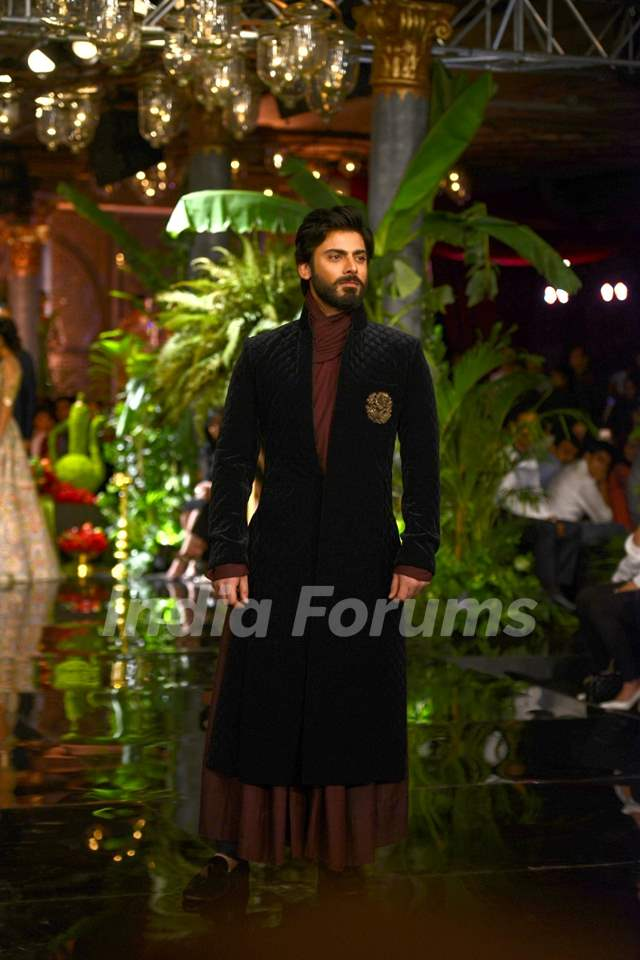 Fawad Khan at Manish Malhotra's Fashion Show