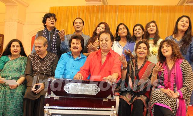 Ghazal singers at Rehearsal of the 15th Khazana Ghazal Festival 2016