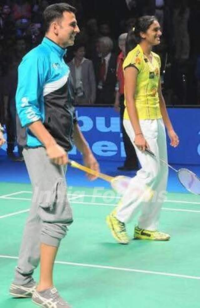 Akshay Kumar who is the Brand Ambassador of Badminton posted a picture with PV Sindhu