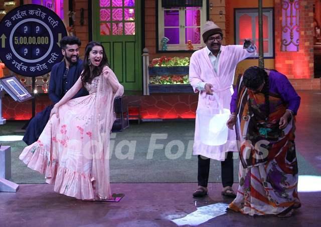 Arjun Kapoor- Shraddha Kapoor promote 'Half Girlfriend' on The Kapil Sharma Show