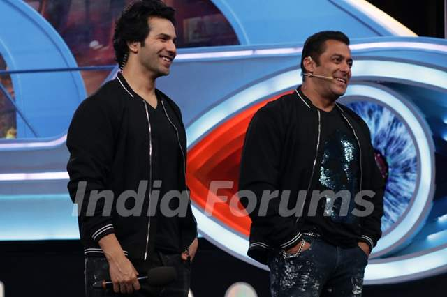 Weekend ka Vaar: Varun Dhawan and Salman Khan on the BB12 Stage