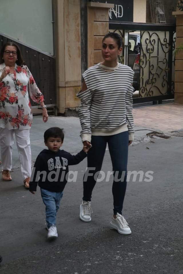 Kareena Kapoor with son Taimur Ali Khan spotted around the town