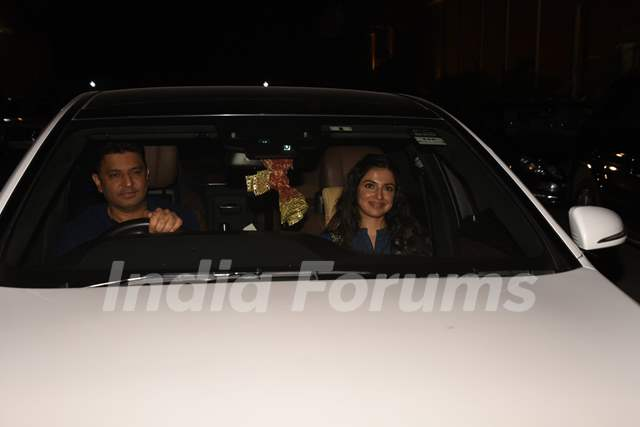 Bhushan Kumar and wife Divya Khosla Kumar spotted for Zero's Screening