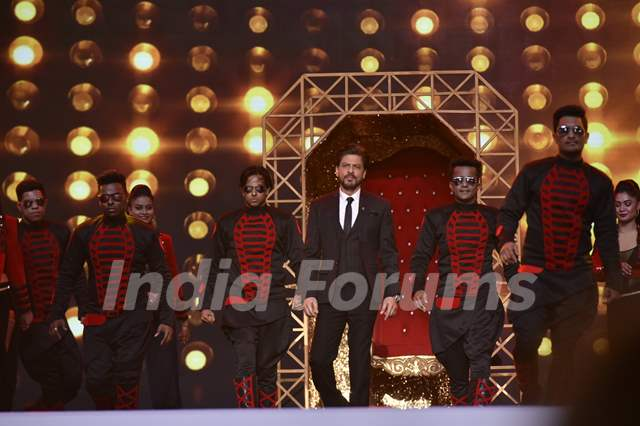 Shah Rukh Khan at Umang Event
